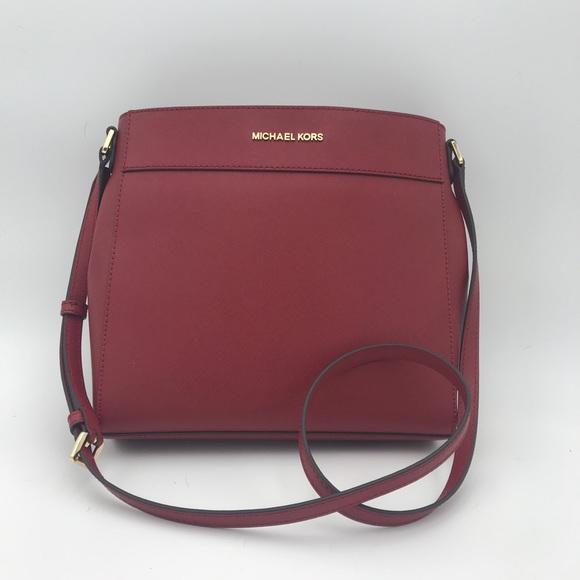 Michael Kors Handbags - NWT Michael Kors Messenger